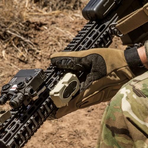 WIRELESS PTT on gun